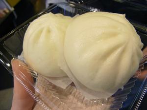 横浜中華街 食べ歩き(小籠包・肉まんなど)