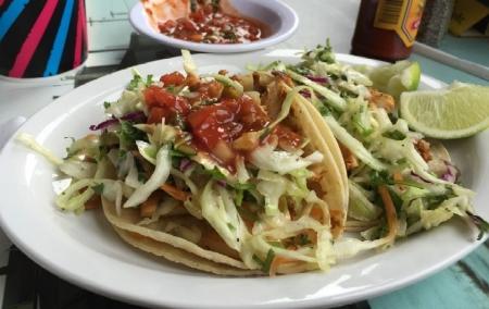 Wahoo's Tacos&More(ワフーズ タコス&モア)