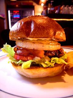 CRITTERS burger(クリッターズ バーガー)