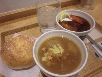 東京駅で待ち合わせに使えるカフェ