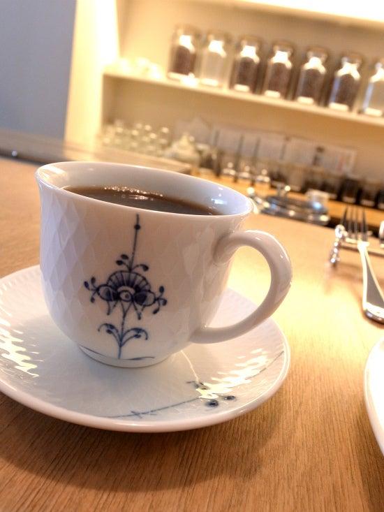 店長こだわりのコーヒーがおいしい吉岡コーヒー