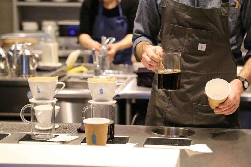 [サードウェーブコーヒー]ブルーボトルコーヒー 新宿カフェ