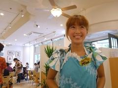 エッグスンシングス 横浜山下公園店の店員さん